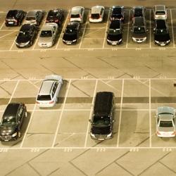Jauna autostāvvieta pie Tallinas lidostas