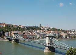 Mogućnost plačanja gradskog parkiranja na lokacija Budimpešta