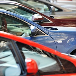 Голям избор на паркинги до летище Отопени, Букурещ
